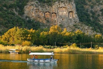 Marmaris Dalyan Boat Trip - Turtle Beach and King Tombs