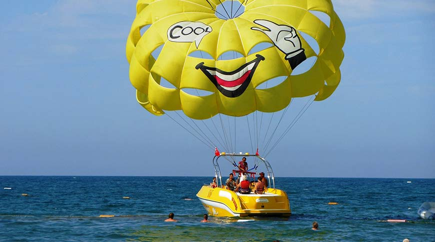 Marmaris Parasailing - Water Sports - Marmaris Travel Agency