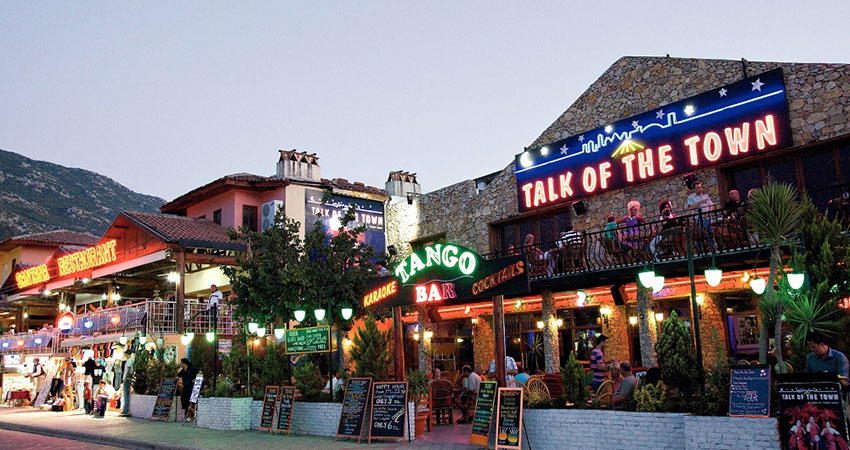 Marmaris Talk Of The Town - Cabaret Show - Cheers Bar