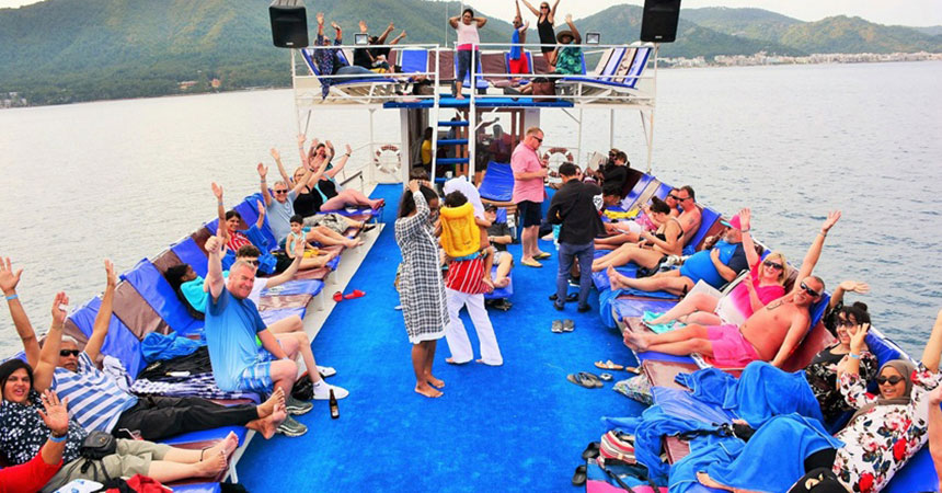 Marmaris King Sezar Boat Trip (All-Inclusive)